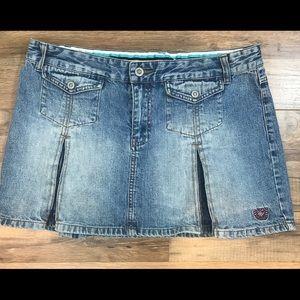 """Rocawear 🛍13"""" skirt"""